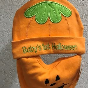 Baby's 1st Halloween Pumpkin Bib and Hat
